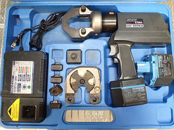 イズミ 泉精器 REC-200M2H 充電油圧式多機能工具 買取