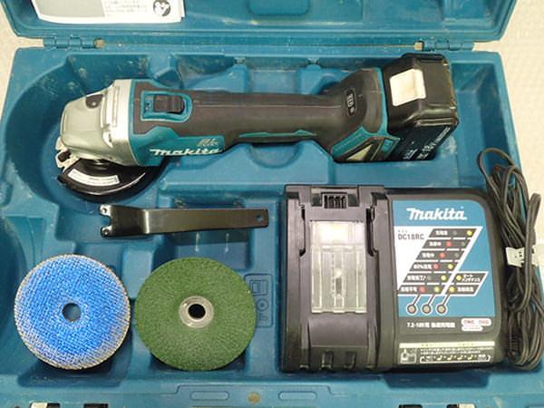 マキタ 充電式ディスクグラインダー 100mm  GA404D 買取