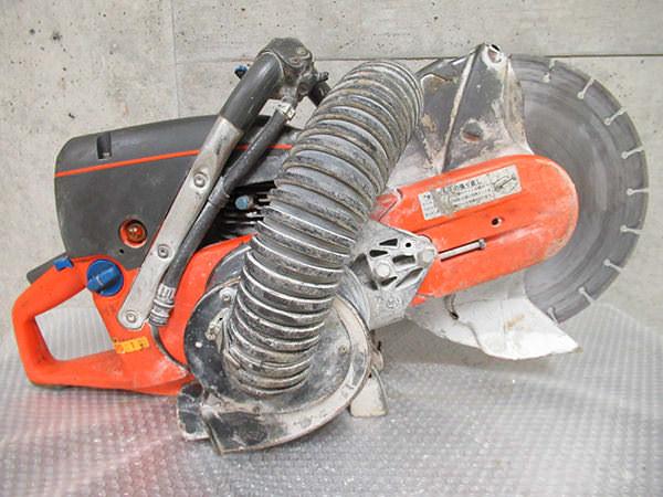 Husqvarna ハスクバーナエンジン コンクリートカッター K750 ブレード(刃)付き 集じん道具付き